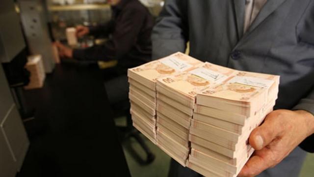 Ekonomik kriz vergiyi de vurdu ! Hedef tutturulamadı