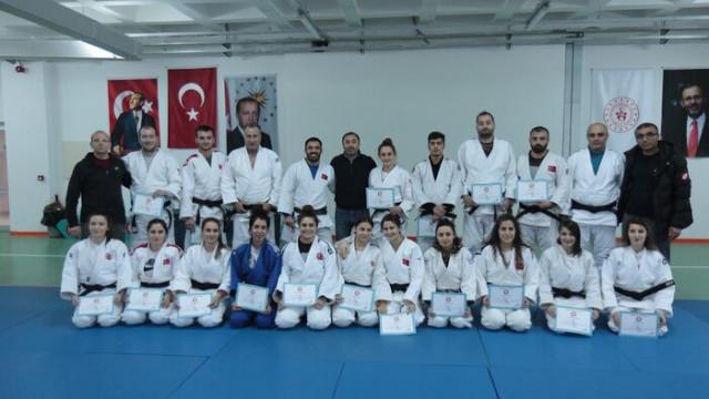Judo 2020 Antrenör Vize ve Gelişim Telafi Semineri yapıldı