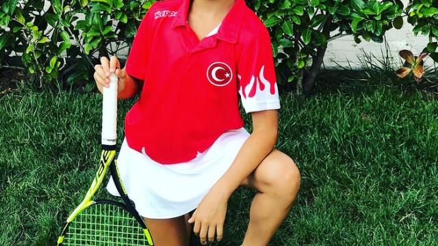Tenisçi Esila'nın kendi küçük hedefi büyük