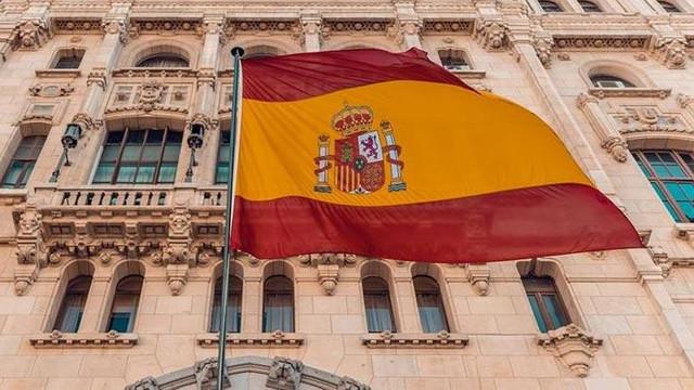 İspanya Başbakanına 500 euro para cezası