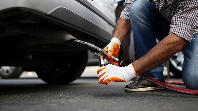 Volkswagen'in ardından 2 markaya daha emisyon uyarısı!