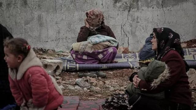 İdlib'den 31 bin sivil daha Türkiye sınırına geldi !