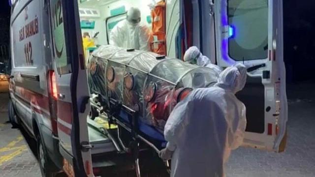 İzmir'de korona virüsü paniği ! Tek kişilik odada gözlem altına alındı