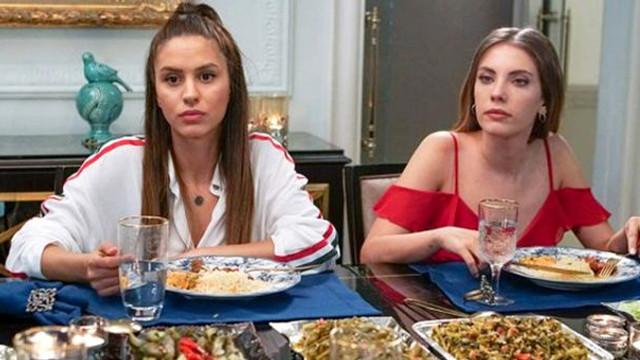 Oyuncu Ayşegül Çınar, sevgilisinden şikayetçi oldu