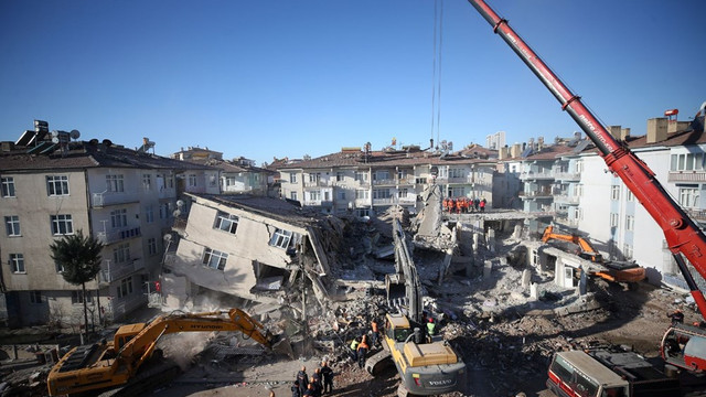 AFAD depremle ilgili son rakamları paylaştı