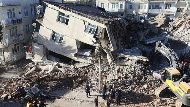 Elazığ'da eğitime deprem engeli ! Yarı yıl tatili uzatıldı