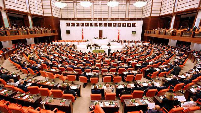 ''Deprem vergileri araştırılsın'' önergesine AK Parti ve MHP'den ret