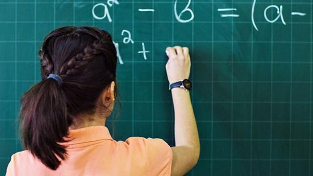 Atama bekleyen öğretmenlerden 24 saatte 60 bin başvuru