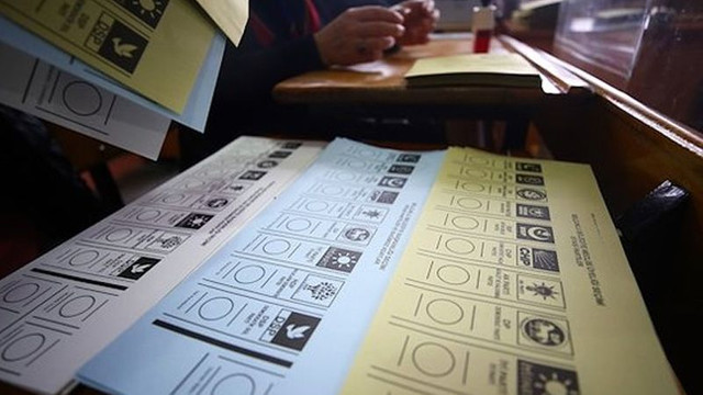 AK Parti harekete geçti; seçim barajı düşüyor!