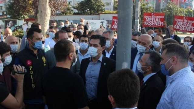 İYİ Partililere polis engeli