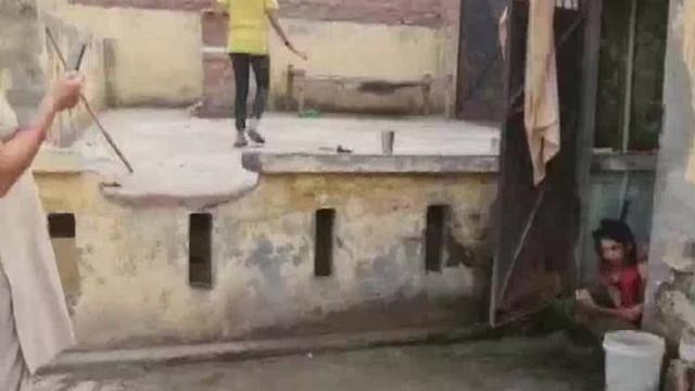 17 yıllık kocası tarafından 1,5 yıldır tuvalette kilitli tutuldu!
