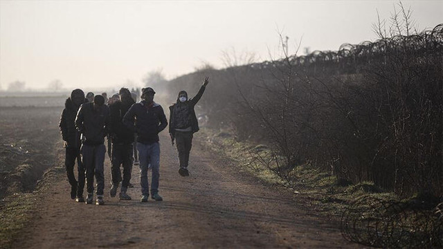Yunanistan'dan göçmen akınına karşı insanlık dışı yöntem