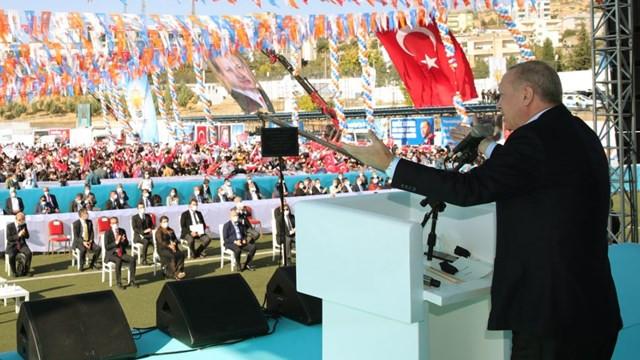 Cumhurbaşkanı Erdoğan'dan o ülkelere tepki: Ermenistan'a silah veriyorlar