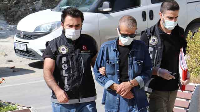 Elazığ'da operasyon! Çantasından neler çıktı neler!