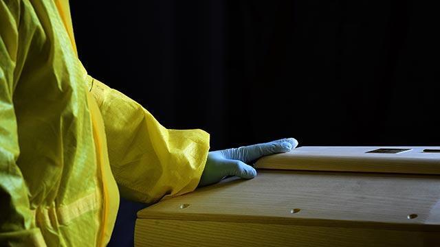İtalya'da koronavirüs vakaları çığ gibi artıyor!