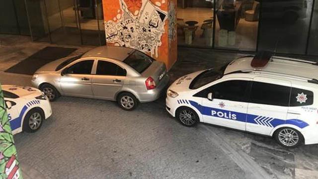 Şişli'de rezidanstaki 3 kişiye silahlı saldırı!