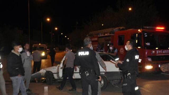 Karaman'da korkunç kaza! Ağacı devirip karşı şeride geçti