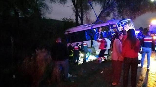 Isparta'da feci kaza: 1 ölü, 23 yaralı