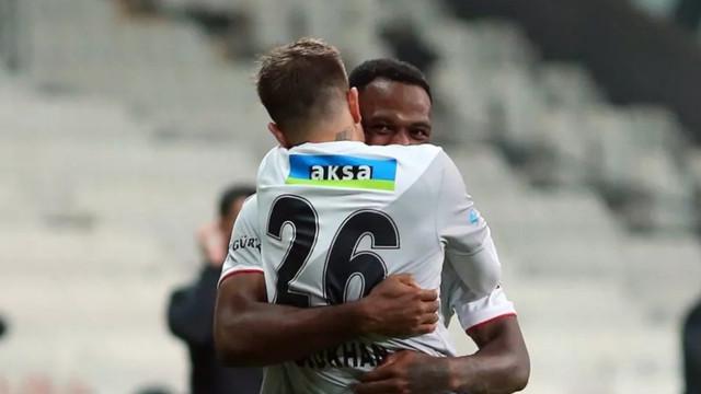 Beşiktaş kendi evinde Yeni Malatya'dan 3 puanı kaptı