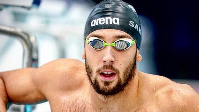 Milli yüzücü Emre Sakçı'dan yeni rekor!