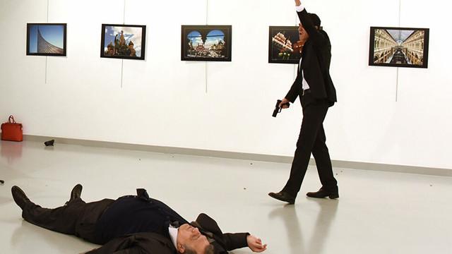 Karlov suikastı davası ertelendi