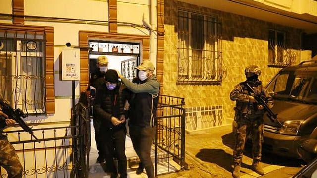 İstanbul'da IŞİD'in hücre evine baskın: 18 gözaltı!