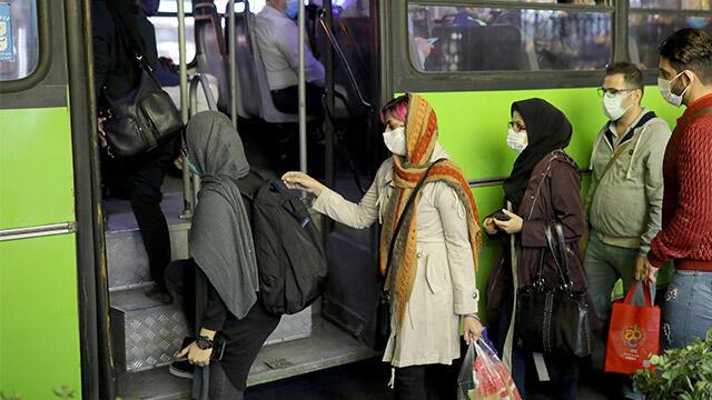 İran'da 24 saatte 475 kişi hayatını kaybetti!