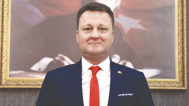 Menemen Belediye Başkanı Aksoy görevden uzaklaştırıldı