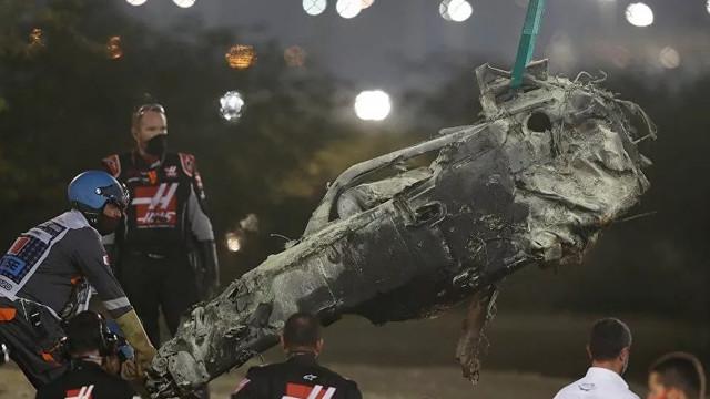 Formula 1'de korkunç kaza! Aracı ikiye bölündü