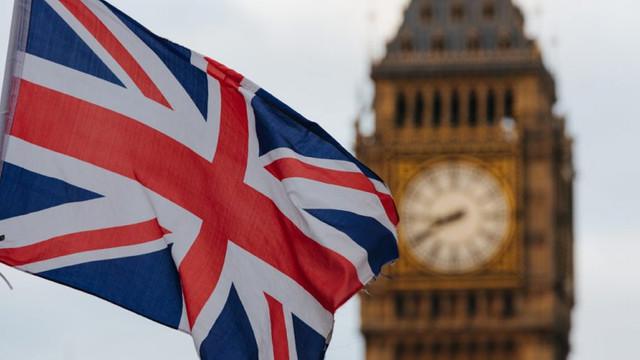 İngiltere'de son 24 saatte 603 kişi koronadan öldü