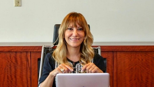 İBB'de flaş istifa! Hakaretle suçlanan kadın yönetici istifa etti