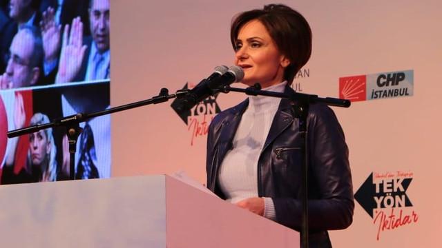 CHP İstanbul il yönetimine başörtülü isim