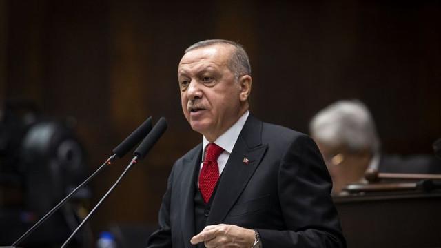 Erdoğan: ''Bayrağımıza uzanan elleri kırmaya hazır mıyız?''