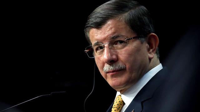 Davutoğlu'ndan Ankara kulislerini hareketlendirecek görüşme