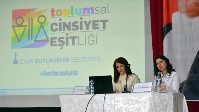 İzmir'de toplumsal cinsiyet eşitliği semineri