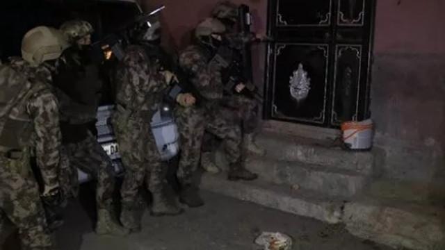 PKK'ya ''günaydın'' baskını! Gözaltılar var
