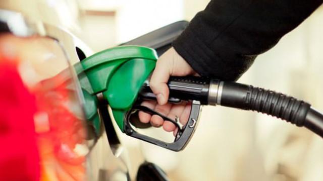 Benzin ve motorine sessiz sedasız zam geldi!