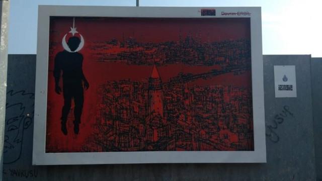 İstanbul'daki bu reklam panosu için 6 kişi gözaltında!