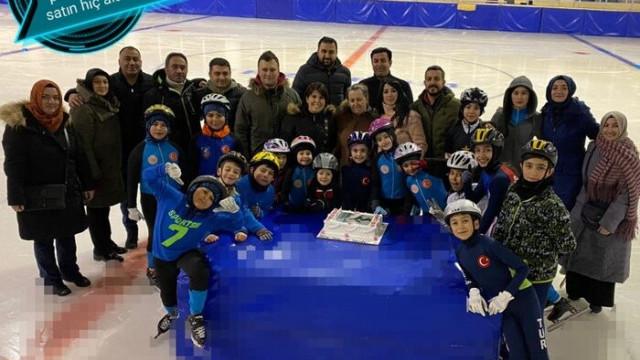Buz pateni yapmak için girdikleri buzda şimdi olimpik sporcu olabilmek için çalışıyorlar
