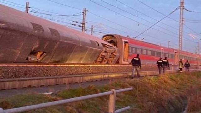 İtalya'da hızlı tren faciası: 2 ölü, 30 yaralı