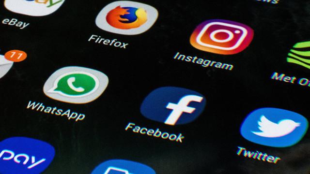 Facebook ve Twitter'a büyük saldırı