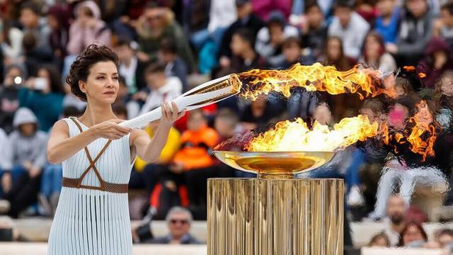 Olimpiyat ateşi ilk kez seyircisiz yakılacak