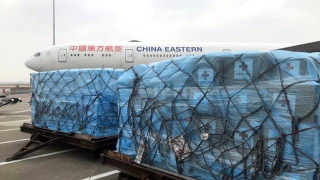 Çinli uzmanlar İtalya'daki salgını bitirmek için harekete geçti