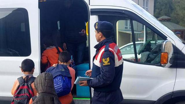 81 ilde 660 okul servis aracı trafikten men edildi