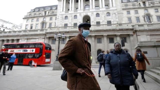 İngiltere'de koronavirüs önlemleri ! Kapatılacak...