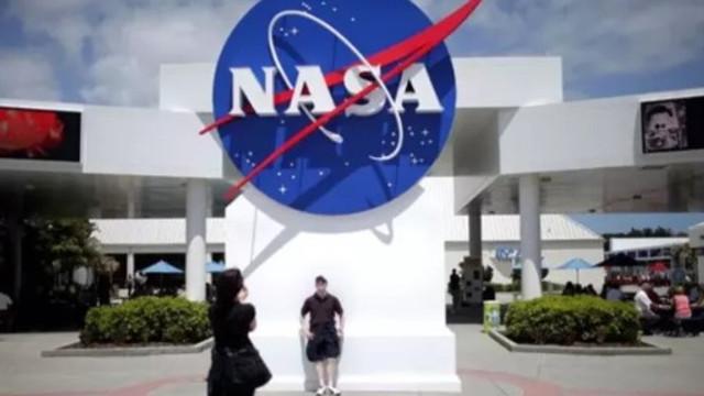 NASA koronavirüs nedeniyle Ay roketi çalışmalarını askıya aldı