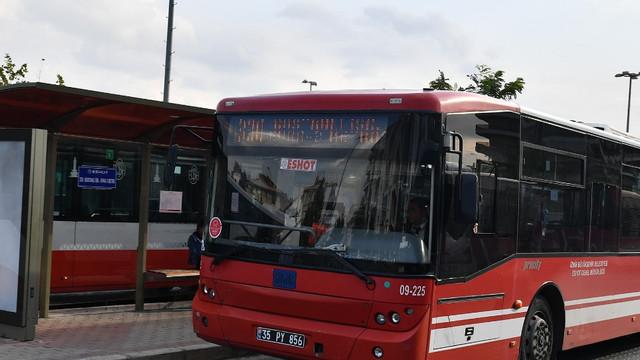 İzmir'de toplu taşıma kullanımı hafta sonu %77 azaldı
