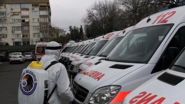 Kartal'da ambulanslar ve oto sanayi siteleri dezenfekte edildi