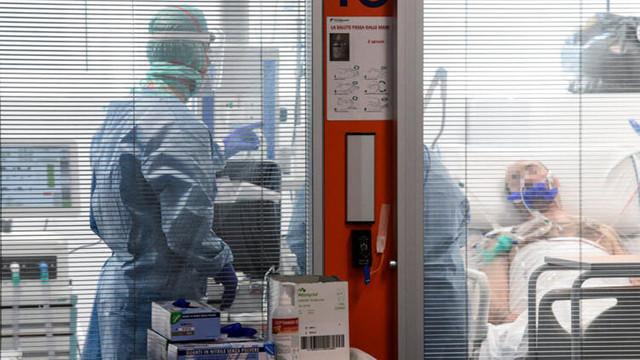 Koronavirüs hastasını 6 günde tedavi eden ilaç!