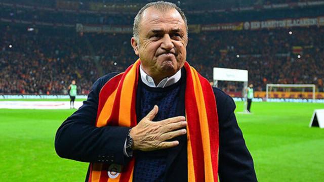 Galatasaray taraftarından Fatih Terim'e mesaj: Koy elini kalbine, evlatların seninle